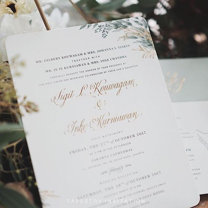 This soft sage green washed colored invite combined with some gold touches creates a natural ambience with finesse by Tapestry Invitation - 002