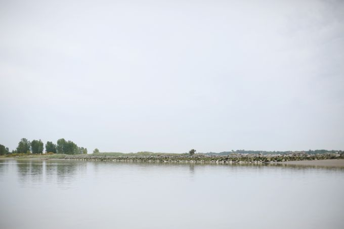 Engagement shoot at Steveston Richmond by Rebecca Ou Photography - 023