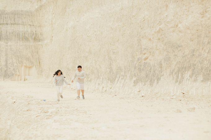 PRE - WEDDING SAMUEL & MERISA BY HENOKH WIRANEGARA by All Seasons Photo - 020
