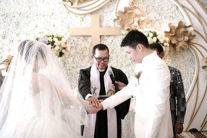 Pullman Hotel Thamrin - Thyo & Kezia Holy Matrimony by Impressions Wedding Organizer - 007