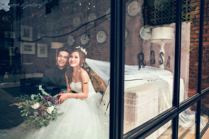 pre-wedding photography by Enoch Gallery - 010