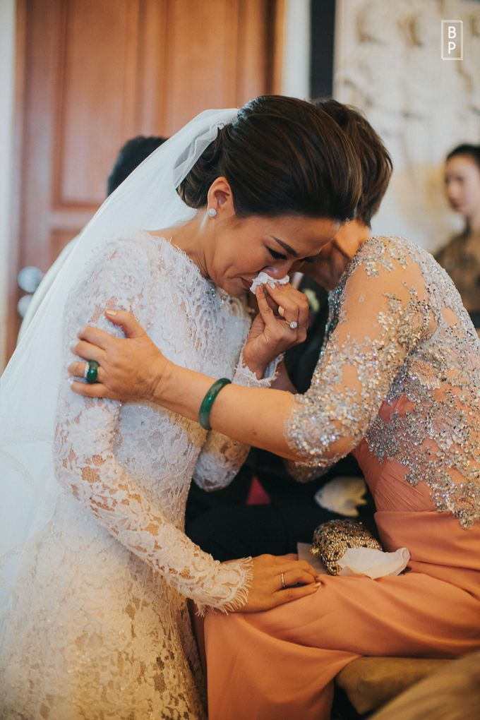 Stephen & Charlotte Wedding by Bernardo Pictura - 045