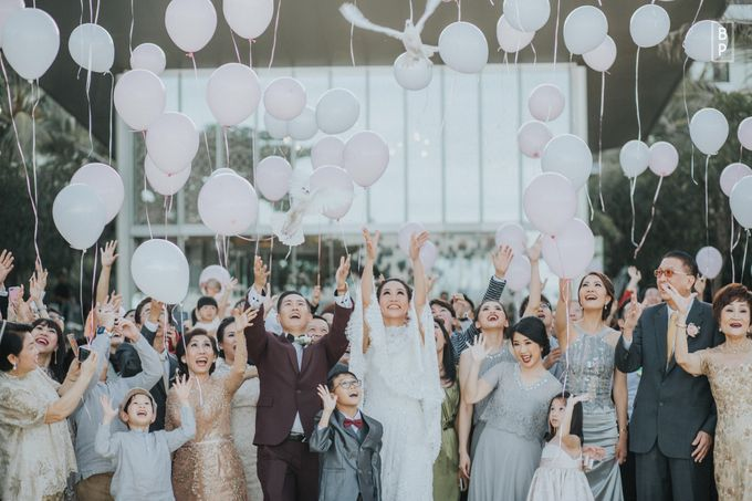 Stephen & Charlotte Wedding by Bernardo Pictura - 025