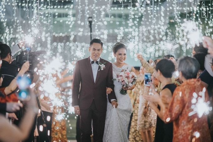 Stephen & Charlotte Wedding by Bernardo Pictura - 027