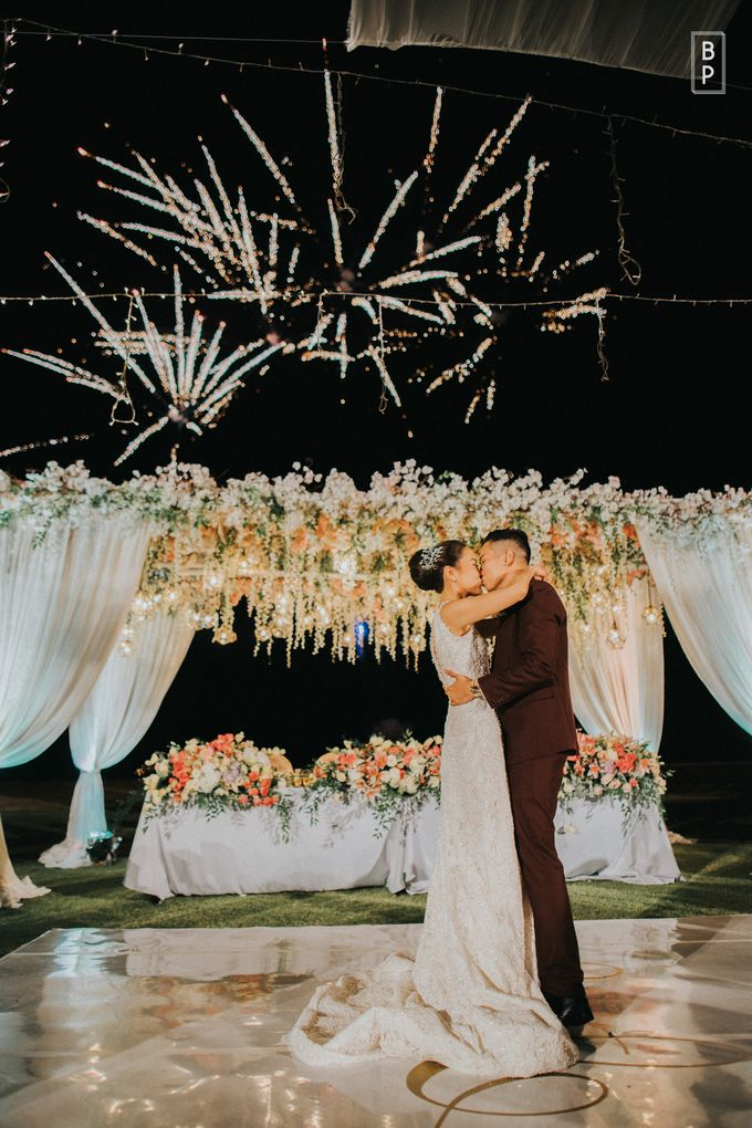 Stephen & Charlotte Wedding by Bernardo Pictura - 033