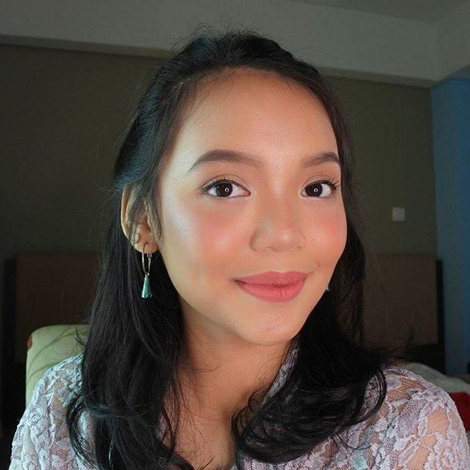 Bridesmaid Make Up by Make Up by Mutiara Fallahdani - 005