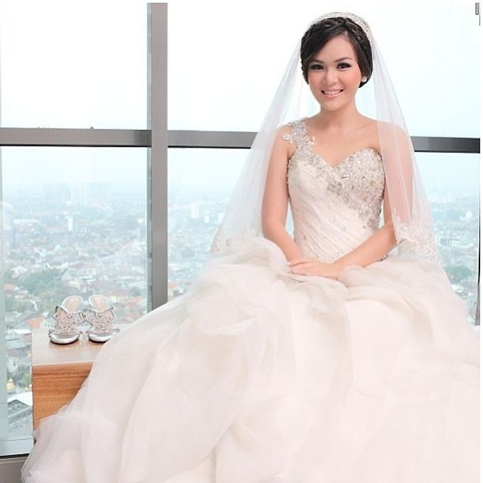 Beautiful Bride by DONNY LIEM The Make Up Art - 018