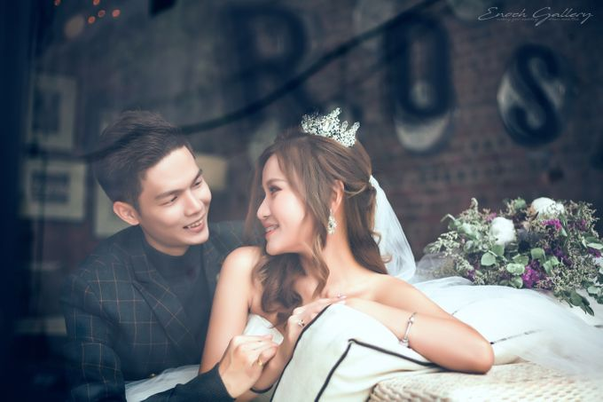 pre-wedding photography by Enoch Gallery - 011