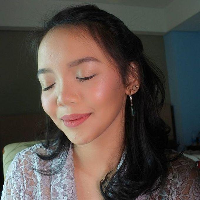 Bridesmaid Make Up by Make Up by Mutiara Fallahdani - 002