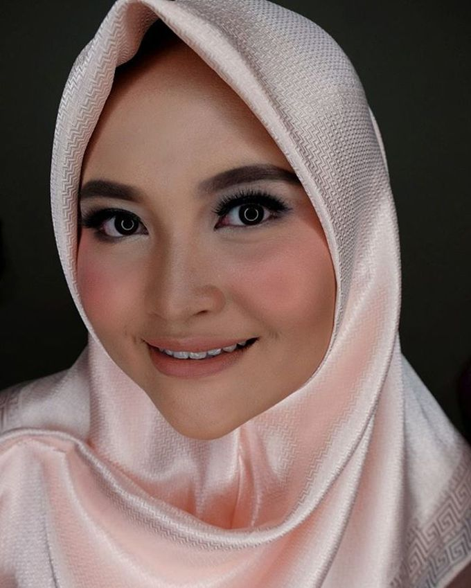 Hijab Bridesmaids by Arini Makeup Artist - 007