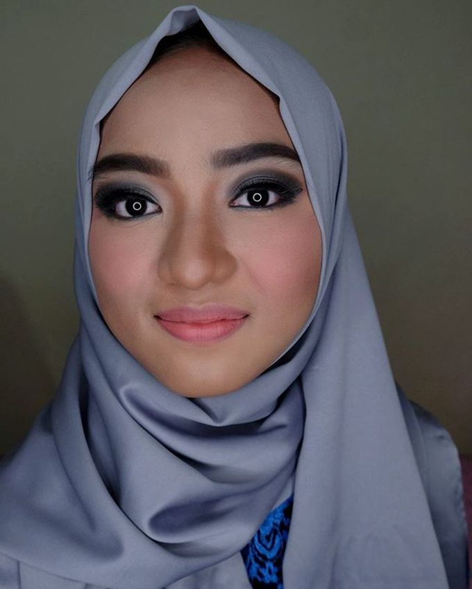 Hijab Bridesmaids by Arini Makeup Artist - 012