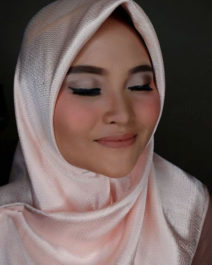 Hijab Bridesmaids by Arini Makeup Artist - 008