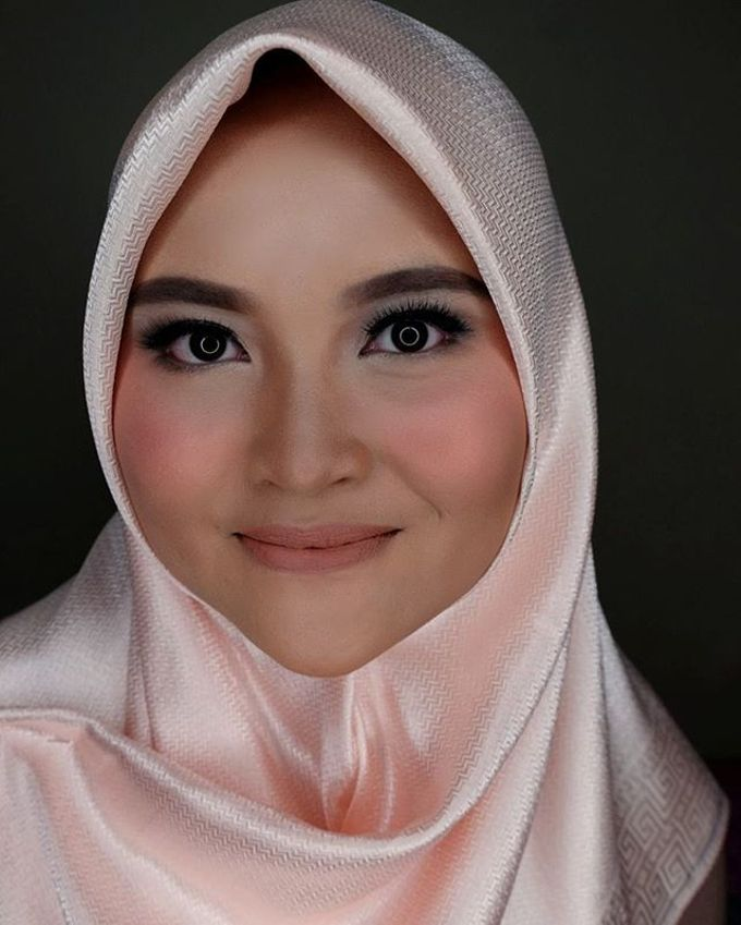 Hijab Bridesmaids by Arini Makeup Artist - 009