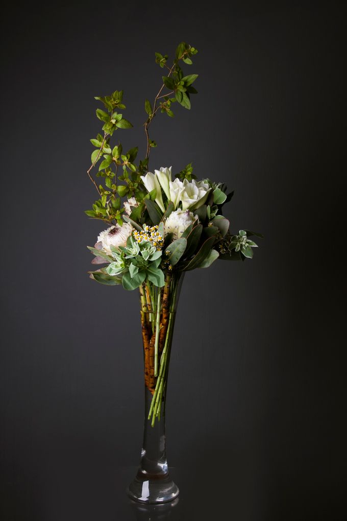 Flora Styling in vase by Beato - 034