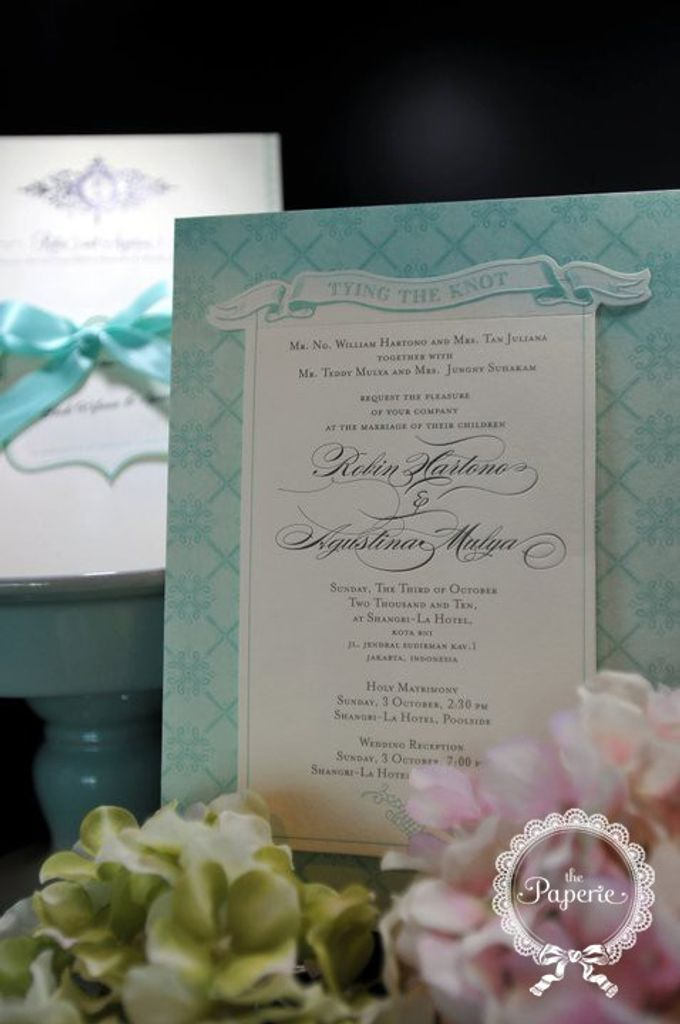 Courtesy of Robin & Nony by The Paperie - 004