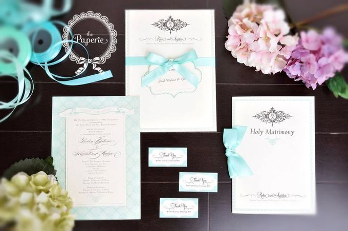Courtesy of Robin & Nony by The Paperie - 006