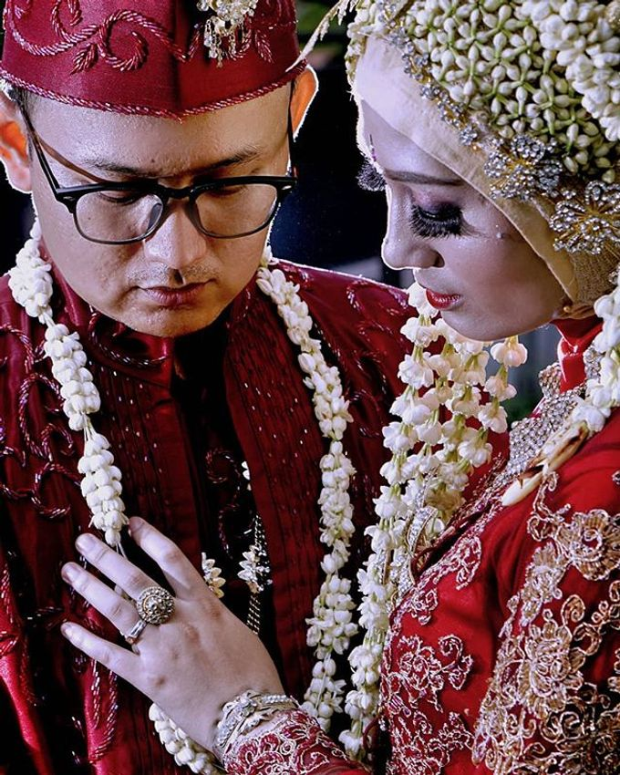 Wedding of Lesi and Koko by Yossa Yogaswara Photography - 006