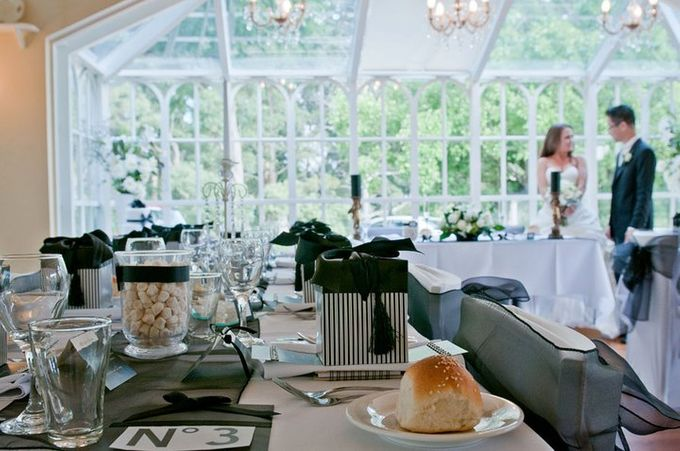 Dandenong Mountains Wedding by Innicka Dee Cakes - 038