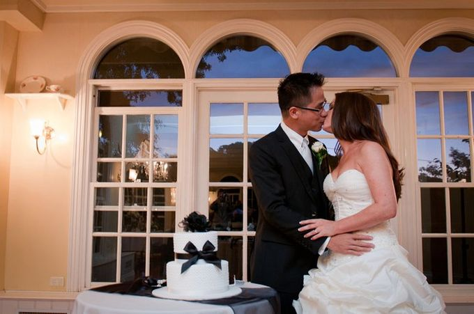 Dandenong Mountains Wedding by Innicka Dee Cakes - 040