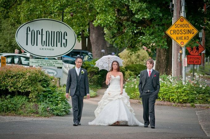 Dandenong Mountains Wedding by Innicka Dee Cakes - 041