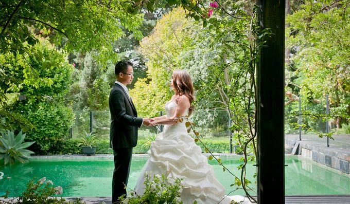 Dandenong Mountains Wedding by Innicka Dee Cakes - 042