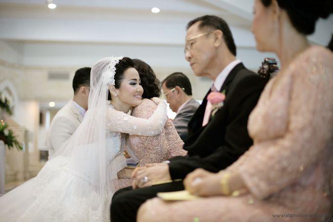 THE WEDDING OF RICHARD & LYDIA by Cynthia Kusuma - 024