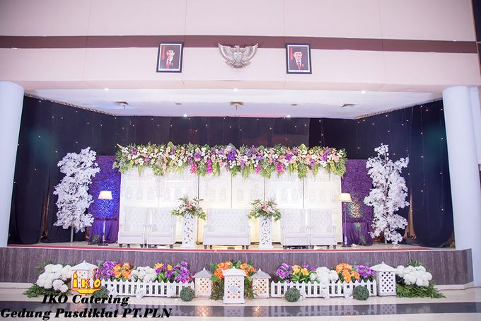 Dekorasi Pelaminan by IKO Catering Service dan Paket Pernikahan - 019