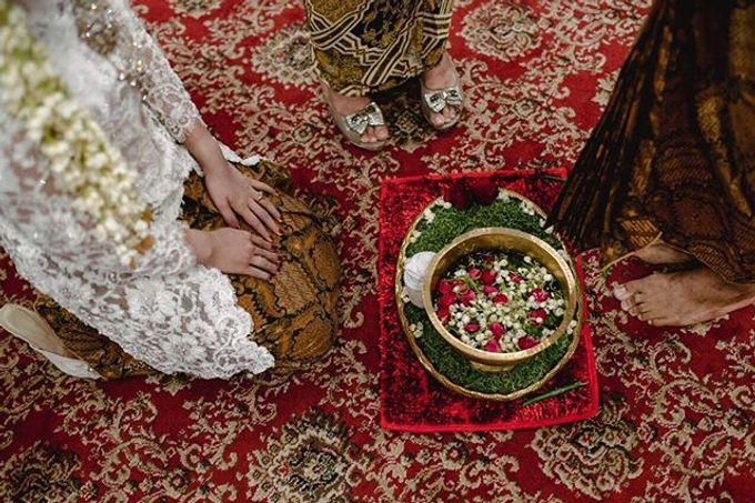 Dayu & Arief by Ans Wedding Service & Priyan Decor - 005