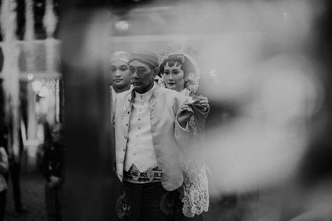 Dayu & Arief by Ans Wedding Service & Priyan Decor - 004