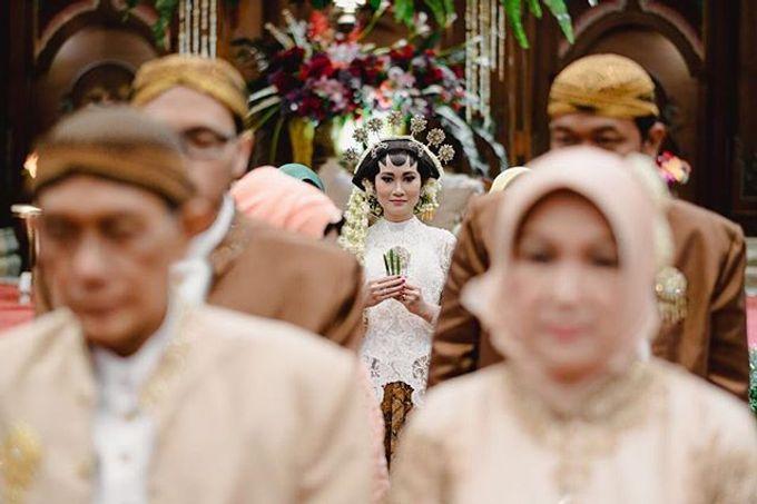 Dayu & Arief by Ans Wedding Service & Priyan Decor - 006