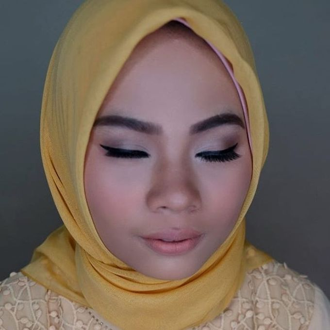 Hijab Bridesmaids by Arini Makeup Artist - 005