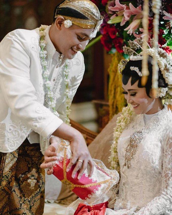 Dayu & Arief by Ans Wedding Service & Priyan Decor - 003