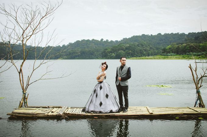 from wedding Dwi & Ros by royal photoworks - 006