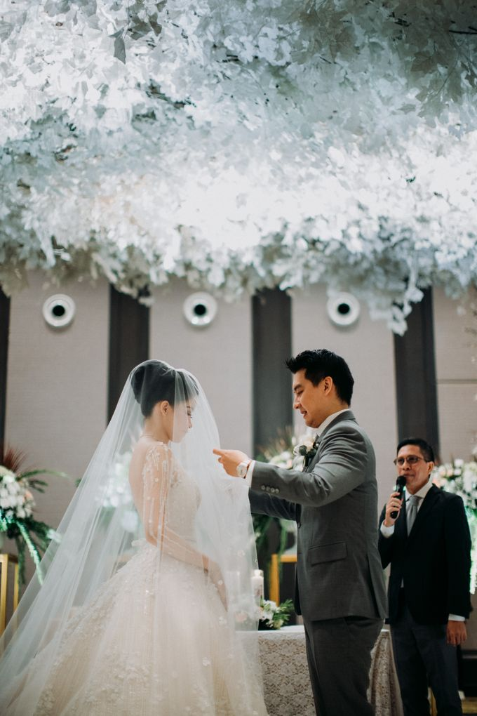 Ibnu & Michelle The Wedding by Bernardo Pictura - 023