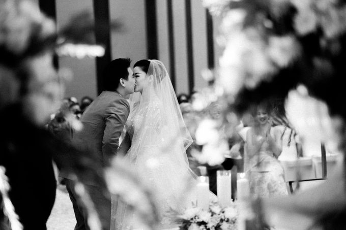 Ibnu & Michelle The Wedding by Bernardo Pictura - 024