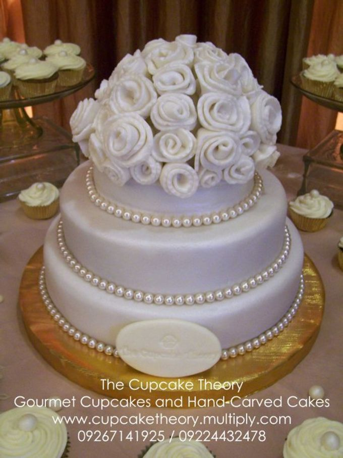 Wedding Cakes by The Cupcake Theory - 002