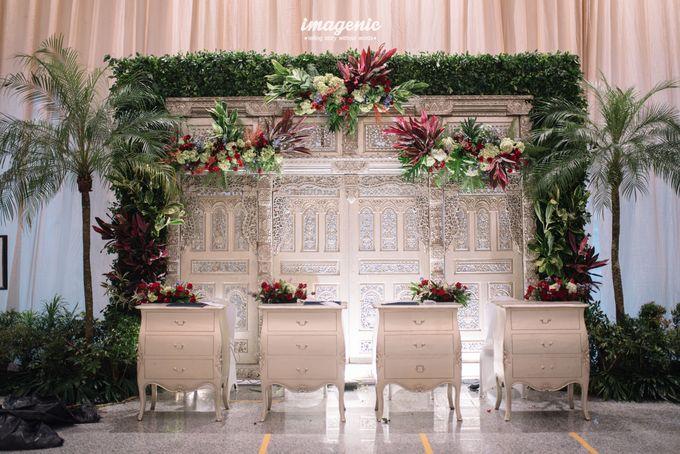 Foyer Decoration Inspiration for New Normal Wedding by Skenoo Hall Emporium Pluit by IKK Wedding - 006