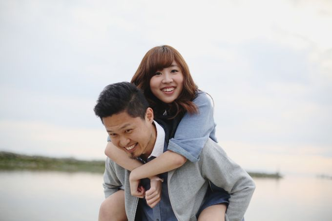 Engagement shoot at Steveston Richmond by Rebecca Ou Photography - 025