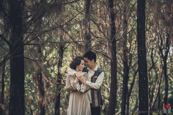 A Tale of Love - Hendra & Yenni by Aenigma Picture Story