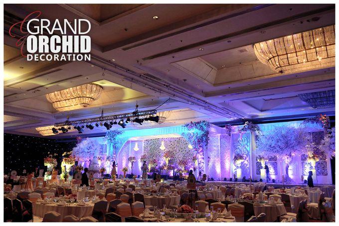 Theo inno intimate wedding by grand orchid decoration add to board theo inno intimate wedding by shangri la hotel surabaya 001 junglespirit Images