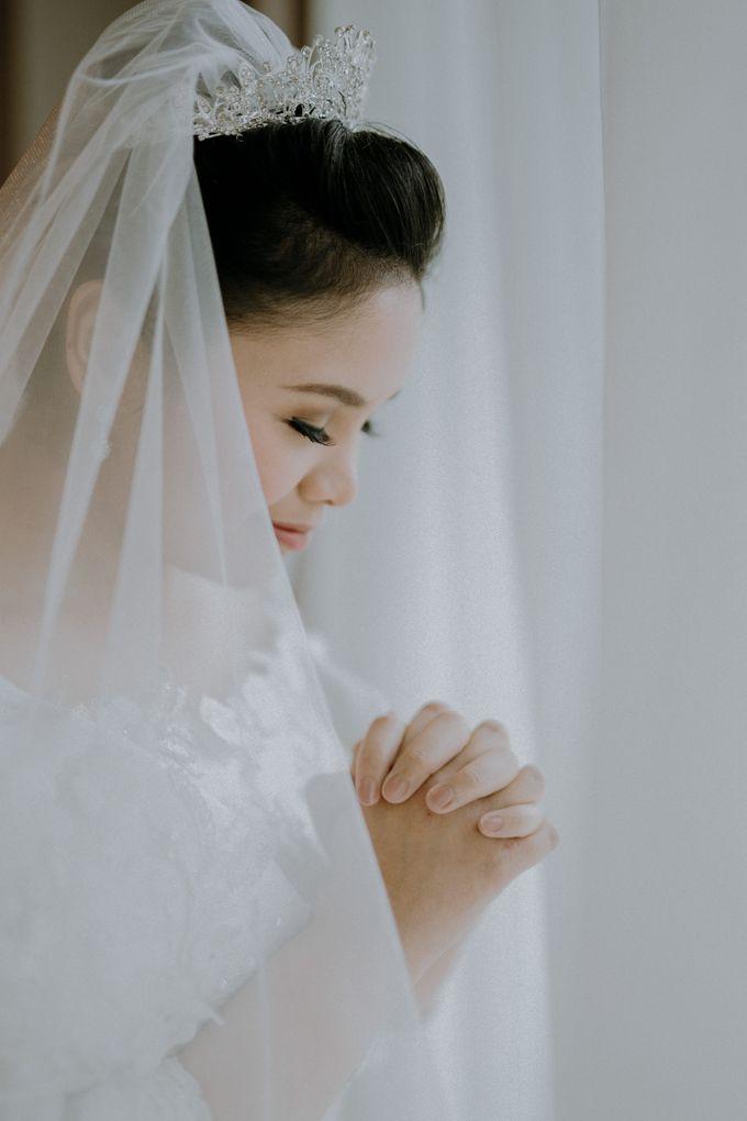 Nicole & Daniel Wedding at Menara Imperium by AKSA Creative - 023