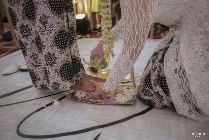 The Wedding Of Novi & Sandy by Pandjava Culinary Service - 025