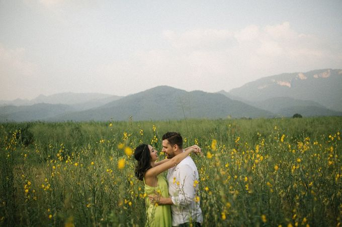 Nature Pond Romantic Prewedding Session by Kanvela - 002