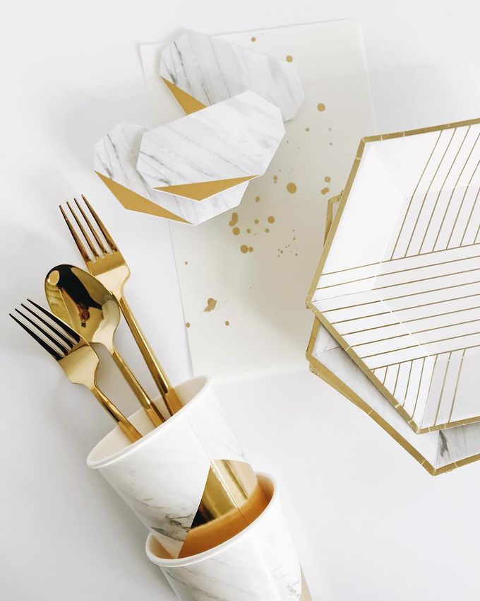 Blanc Collection by Party Modern - 005