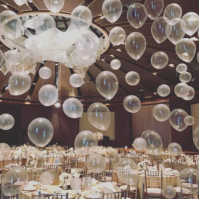 Ballroom Table Centerpieces by Balloon Blasters - 004
