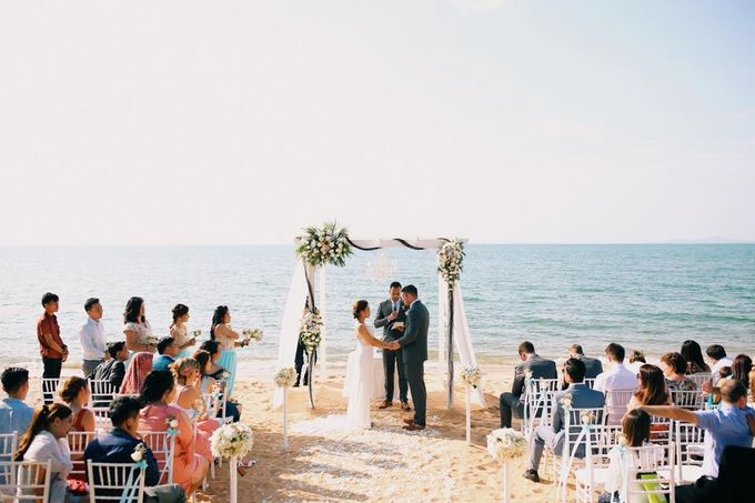 Romantic Beach Wedding by Kanvela - 005