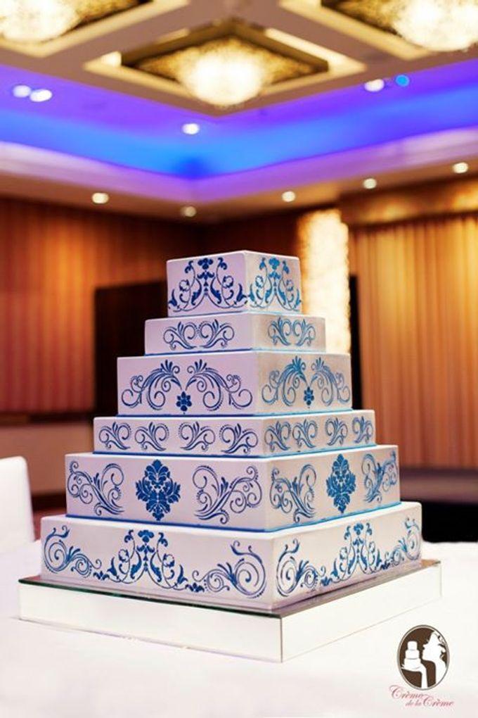 Silver & Royal Blue Wedding Cake by Creme de la Creme Bali - 001