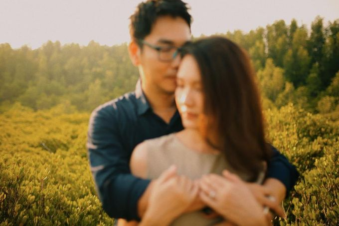 Beach and Nature Prewedding Rayong Thailand by Kanvela - 018
