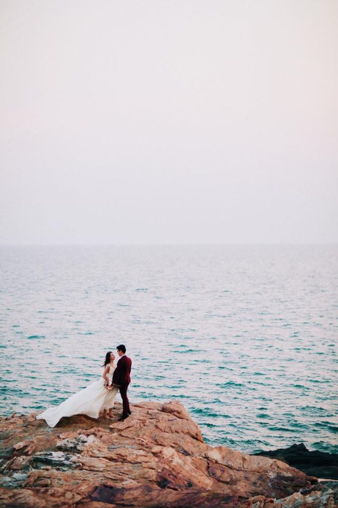 Beach and Nature Prewedding Rayong Thailand by Kanvela - 001