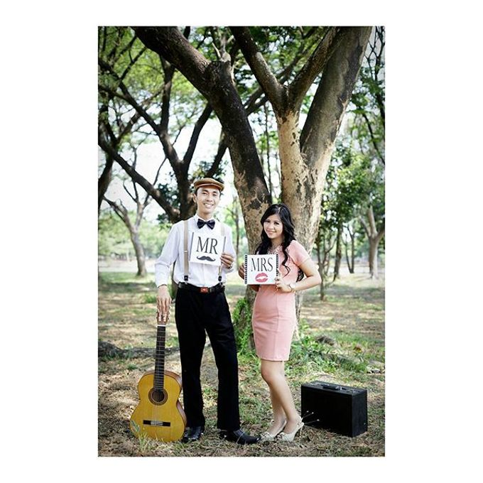 Prewedding Shoot 1 by Yonz Studio Photograph - 001